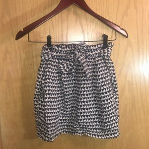 Divided by H&M pocket short skirt - bunny pattern